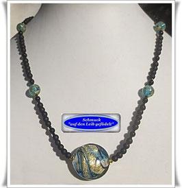 1521. Onyx-Kette mit Muranoglas-Perlen