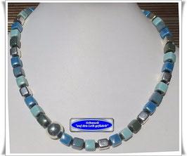 845. blaue Keramik-Würfel-Kette