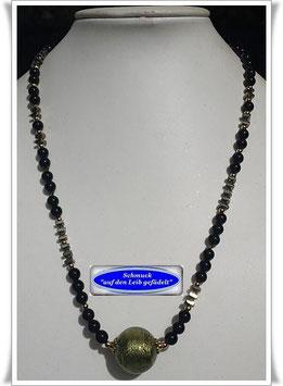 1850. Onyx-Pyrit-Kette mit großer Muranoglasperle