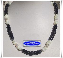 955. schwarz-weiße Onyx-Kette