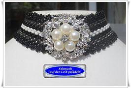10) hochwertiges Halsband mit großem Blüten-Knopf