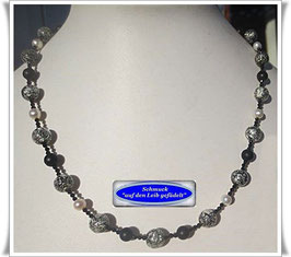 1547. schwarze Muranoglas-Perlenkette
