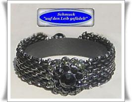 84) schickes Trachten-Armband mit Strass-Zierknopf