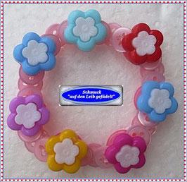 43) hübsches Kinderarmband mit Blüten-Knöpfen TS