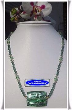 1174. Swarovski-Perlenkette mit Muranoglas-Perle