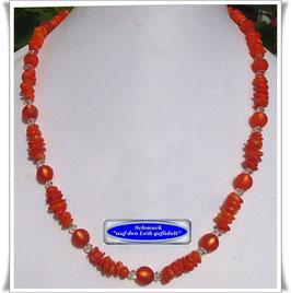 609. orangefarbene Korallenkette