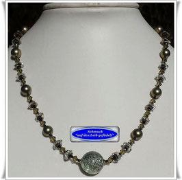 1943. filigrane Kette mit großer Muranoglas-Perle Set