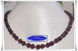 426. amethystfarbene Kristallglaskette