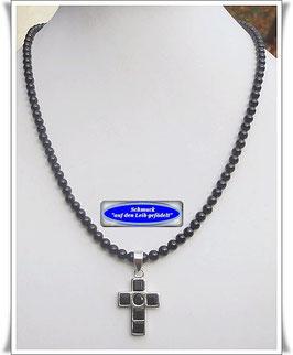 904. schwarze Spinell-Kette mit Onyx-Kreuz