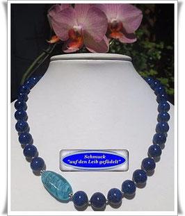 1326. Gablonzer Perlenkette mit Muranoglas-Perle