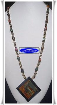 821. Keramikperlen-Kette mit Picasso Jaspis-Anhänger