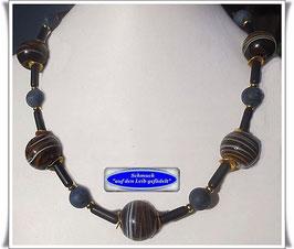 647. braun-blau-schwarze Trade Beads-Kette
