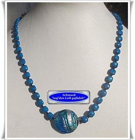 1534. Spinell-Marmorperlenkette mit Muranoglasperle