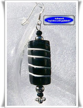 268. schwarze Trade Beads-Ohrringe