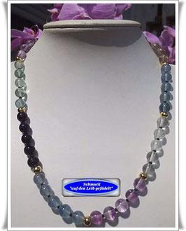 1062. Fluorit-Kette mit Keramik-Perlen