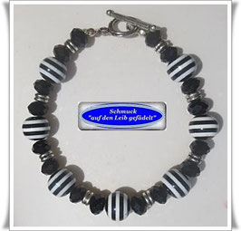 157) schwarz-weißes Resin-Perlen-Armband Set TS