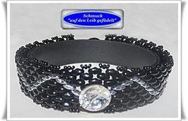 106) schmales Glasperlen-Armband mit Swarovski-Zierknopf