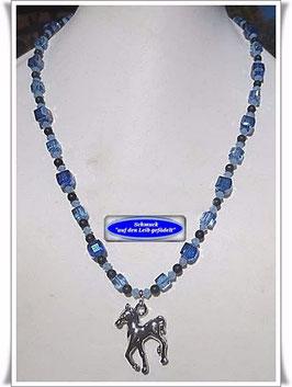 149)  blaue Glasperlenkette mit Pferde-Anhänger Set TS