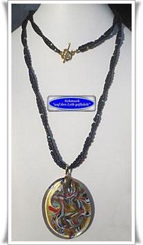 1373. lange 2-reihige Glasperlenkette mit buntem Muranoglas-Anhänger