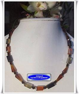 1147. Kristallglas-Kette