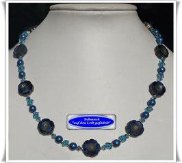 1695. verspielte blaue Glasperlenkette