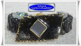 18) Onyx-Armband mit Zierknopf