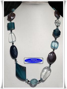 174) wunderschöne Acryl-Perlenkette TS