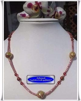 1254. Glasperlenkette mit Tensha-Perlen