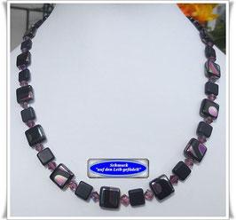734. schwarz-bunte Glasperlenkette