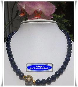1327. Lapislazuli-Collier mit Muranoglas-Perle