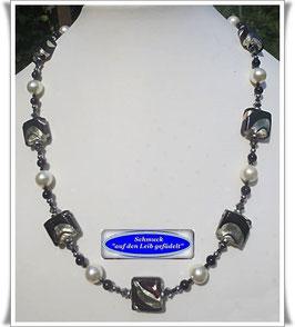 1446. elegante schwarz-silberne Muranoglas-Perlenkette