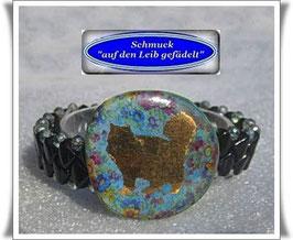 7) Armband mit Porzellan-Katzen-Knopf