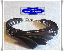 19) Armband mit edlem Onyx-Kopf