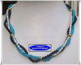 992. 3-reihige Perlenkette
