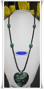 1407. Onyx-Kette mit Herz-Anhänger