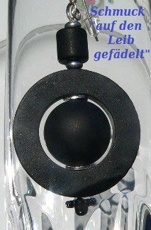 333. Onyx-Reifen-Anhänger