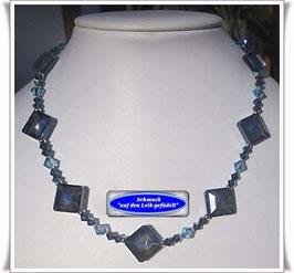 1181. blaue Swarovski-Perlenkette