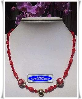 1052. Perlenkette mit Tensha-Perlen