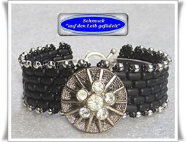 60) elegantes Armband mit Strass-Zierknopf