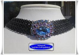 7) Halsband mit hochwertigem Strass-Zierknopf