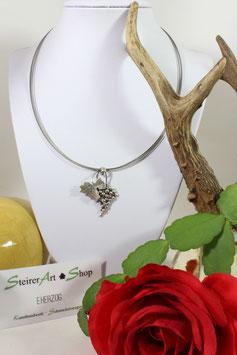 Wunderschöner Trachten Schmuck in Silber mit sehr feiner,angenehm zu tragender Drahtkette.