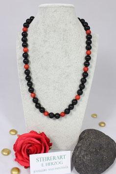Lange Onyxkette mit Schaumkoralle