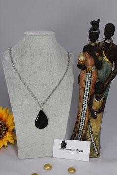 Onyx-Stein gefasst in Silber, Kette in Silber rhodiniert....