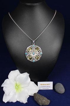 Wunderschönes Amulette mit langer Edelstahlkette .Ein echter Hingucker...