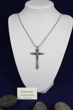 Kreuz aus Silber mit Totenkopf Symbol