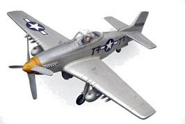 Avión Mustang clásico gris