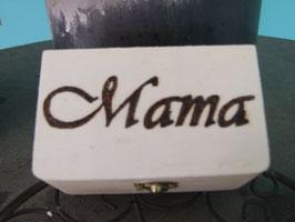 Holzbox mit individueller Aufschrift