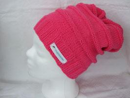 lange Strickbeanie in pink