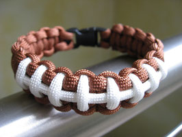 Paracord Armband - Football -