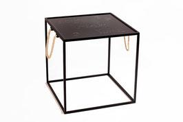 Tavolino salotto quadrato in metallo WORDS
